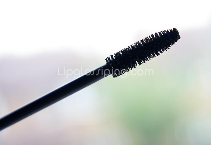 mascaraserieslorealvoluminousbrush