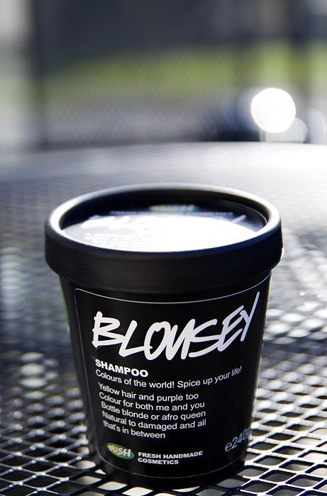 LUSH Blousey Shampoo