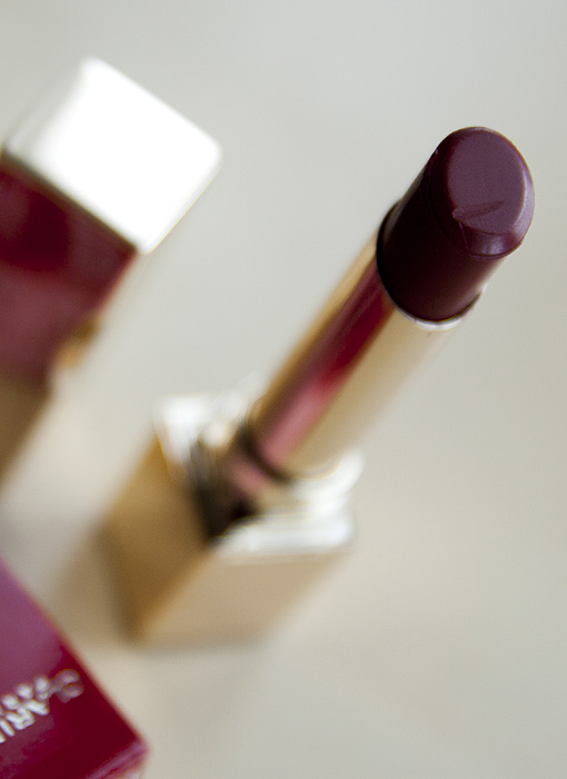 Clarins 135 Rouge Prodige Dark Cherry Lipstick_01