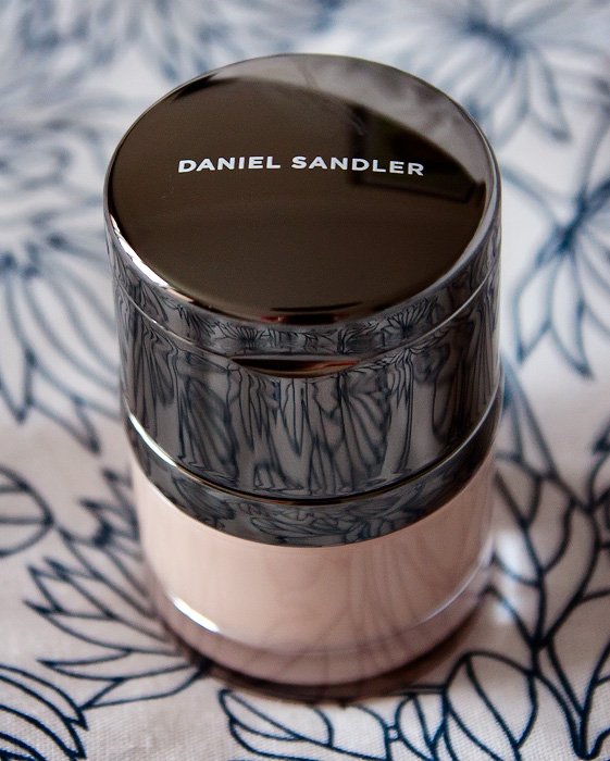 Daniel Sandler Invisible Radiance Foundation and Concealer in Porcelain