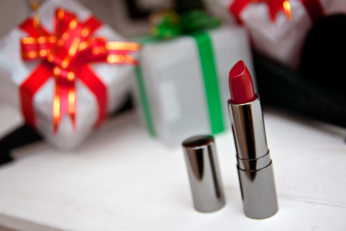 Red Lip Series: Daniel Sandler Luxury Matte Lipstick in Red Carpet