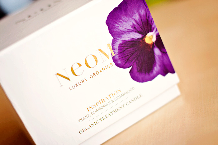 NEOM Inspiration Candle Review_01
