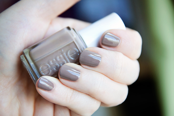 Essie-Glamour-Purse