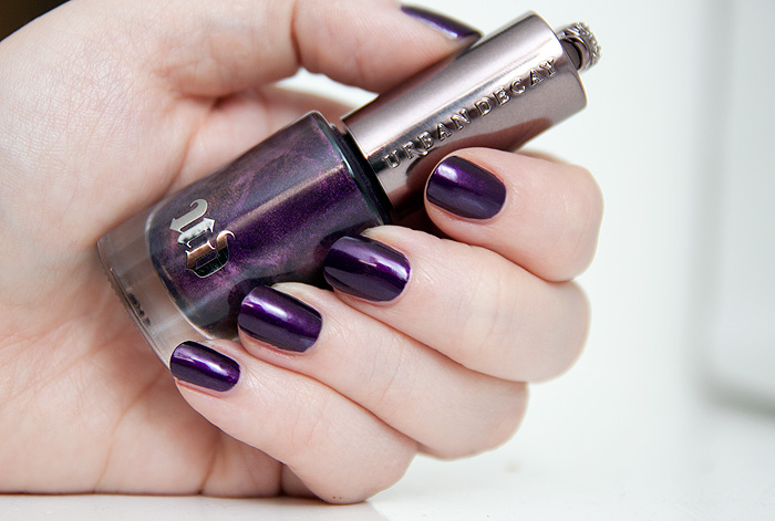 Urban Decay Autumn 2013 Nail Polish Vice Purple (2)