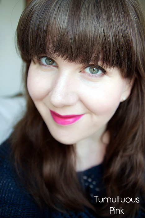 Estee Lauder Pure Color Envy Sculpting Lipstick in Red Ego and Tumultuous Pink Review Swatch 04